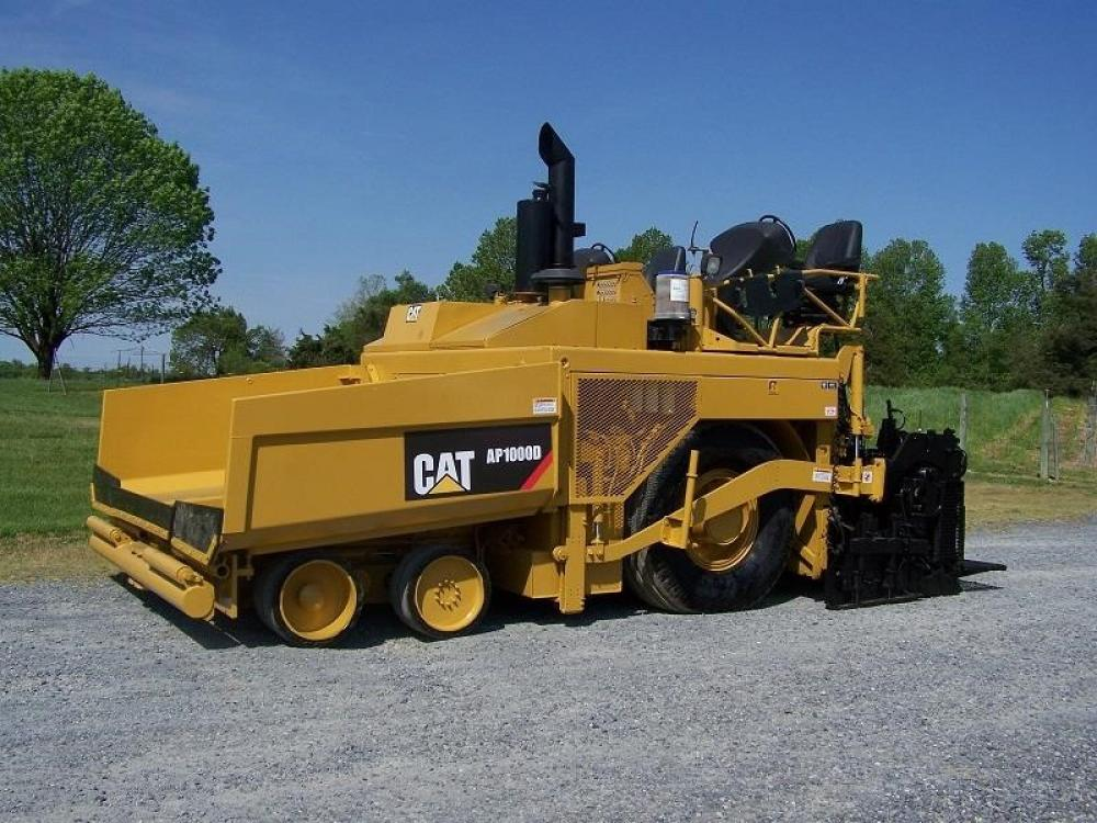 Detail photo of 2010 Caterpillar AP1000D from Construction Equipment Guide