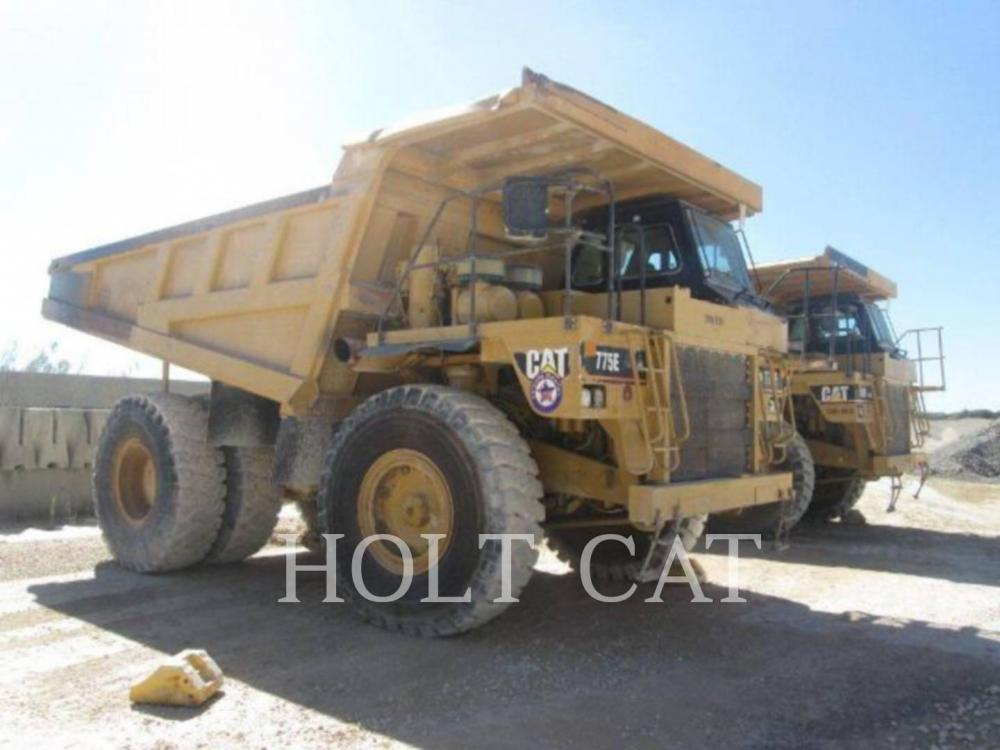 Detail photo of 2004 Caterpillar 775E from Construction Equipment Guide