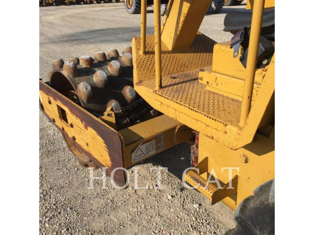 Detail photo of 2003 Caterpillar CP323C from Construction Equipment Guide
