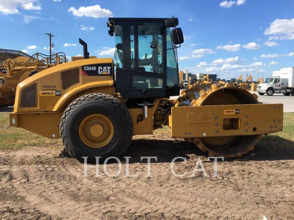 Detail photo of 2017 Caterpillar CS64B from Construction Equipment Guide