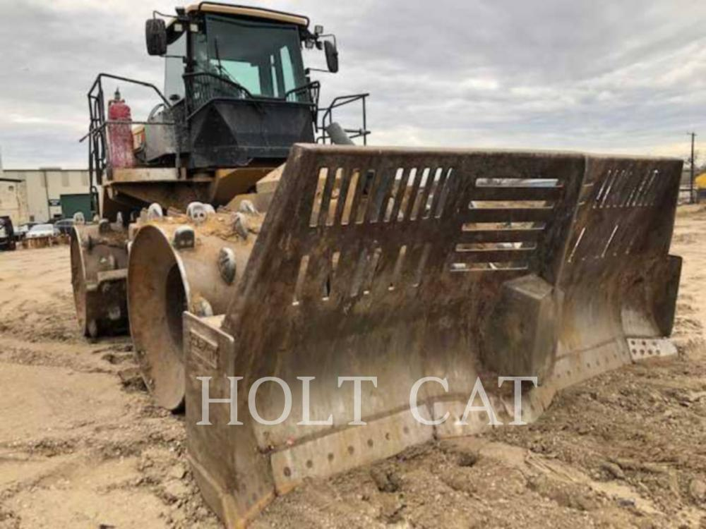 Detail photo of 2017 Caterpillar 826K from Construction Equipment Guide