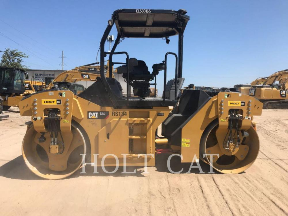 Detail photo of 2018 Caterpillar CB7 from Construction Equipment Guide