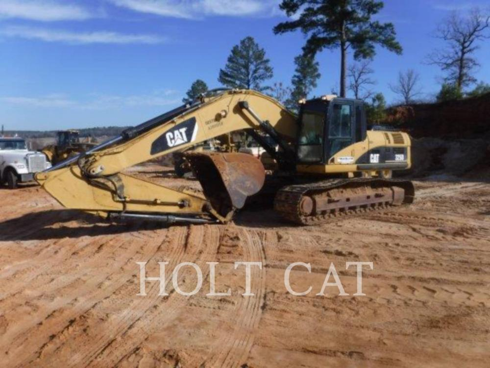 Detail photo of 2008 Caterpillar 325DL from Construction Equipment Guide