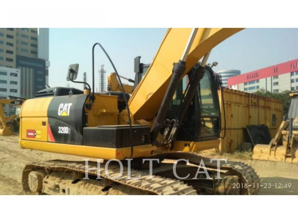 Detail photo of 2017 Caterpillar 320D from Construction Equipment Guide