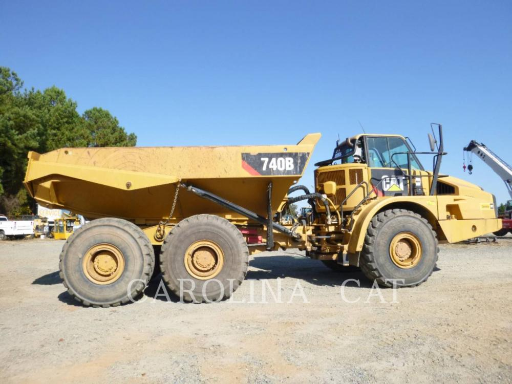 Detail photo of 2012 Caterpillar 740B from Construction Equipment Guide