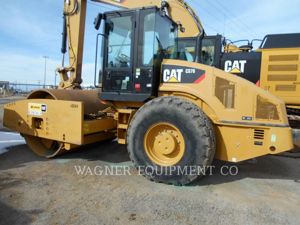 Detail photo of 2012 Caterpillar CS76 from Construction Equipment Guide