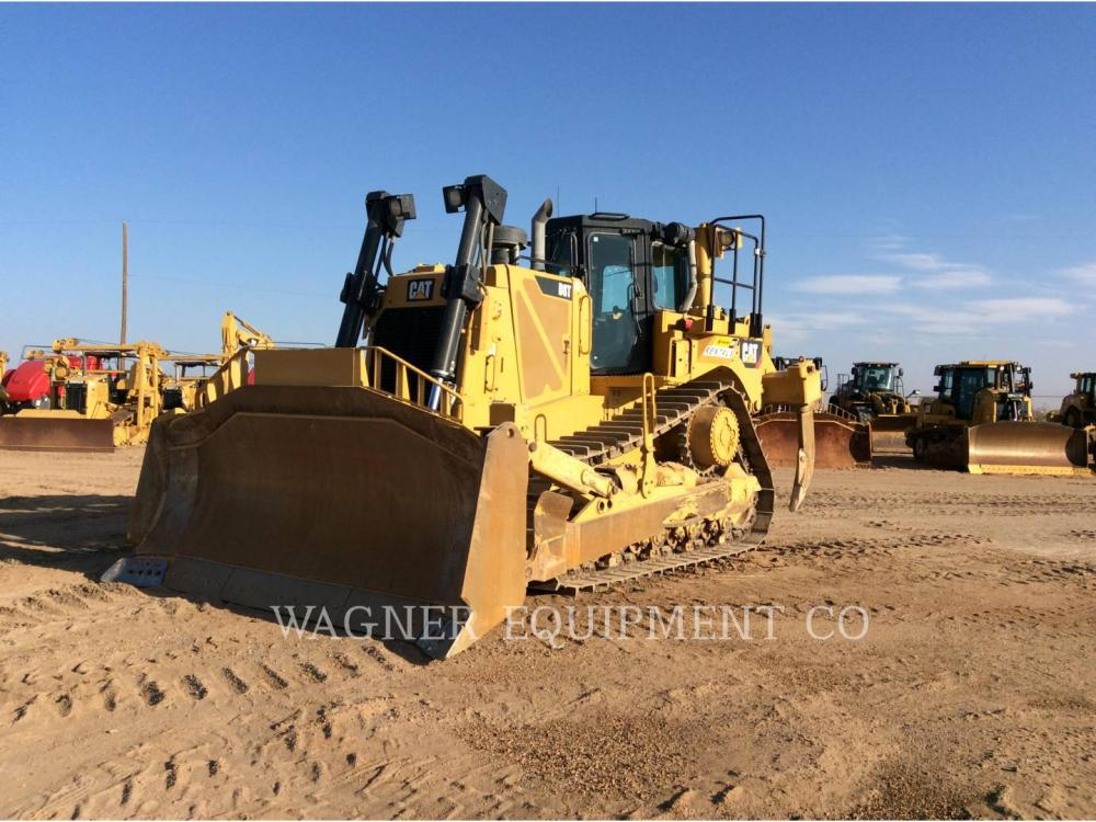Detail photo of 2015 Caterpillar D8T from Construction Equipment Guide