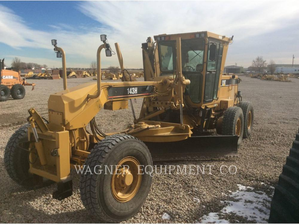 Detail photo of 2000 Caterpillar 143H from Construction Equipment Guide