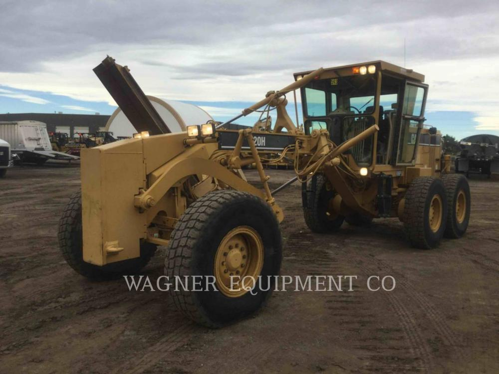 Detail photo of 1998 Caterpillar 120H from Construction Equipment Guide