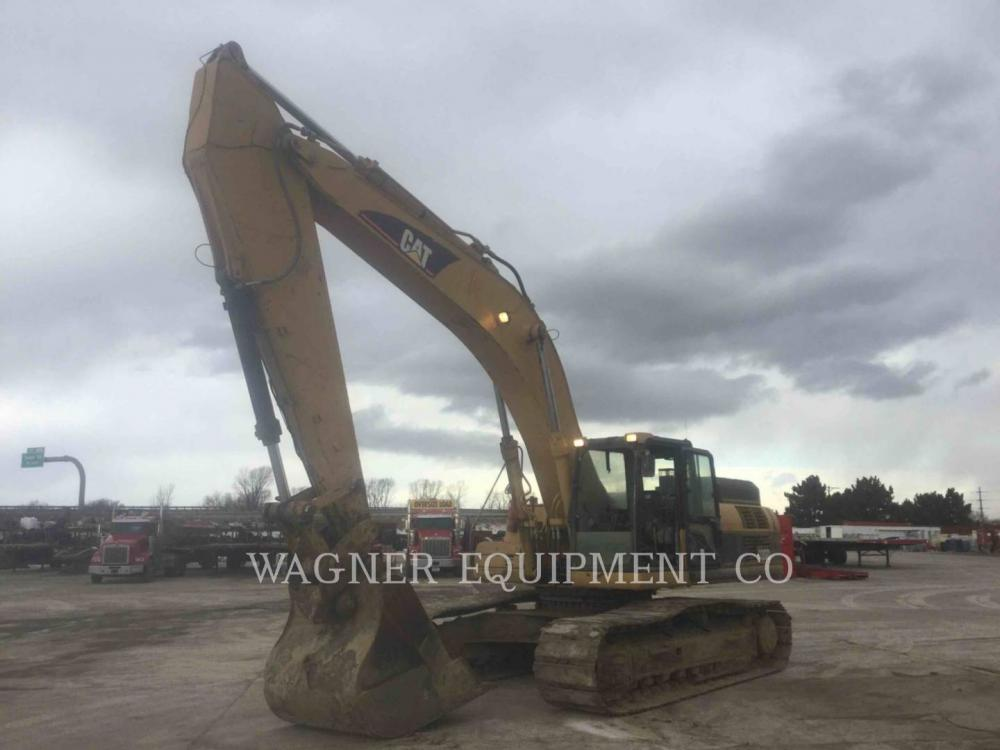 Detail photo of 2006 Caterpillar 330DL from Construction Equipment Guide