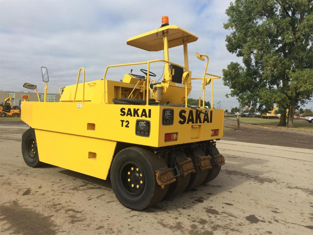 Detail photo of 1995 Sakai T2 from Construction Equipment Guide