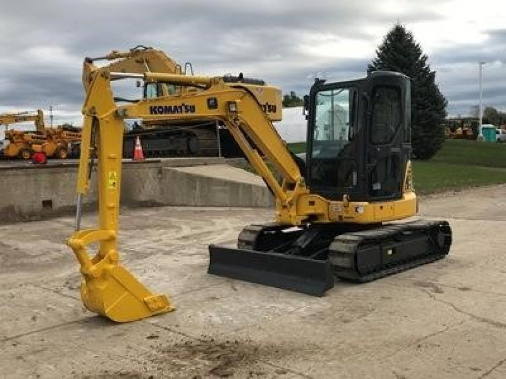 Detail photo of 2013 Komatsu PC40MR-3 from Construction Equipment Guide