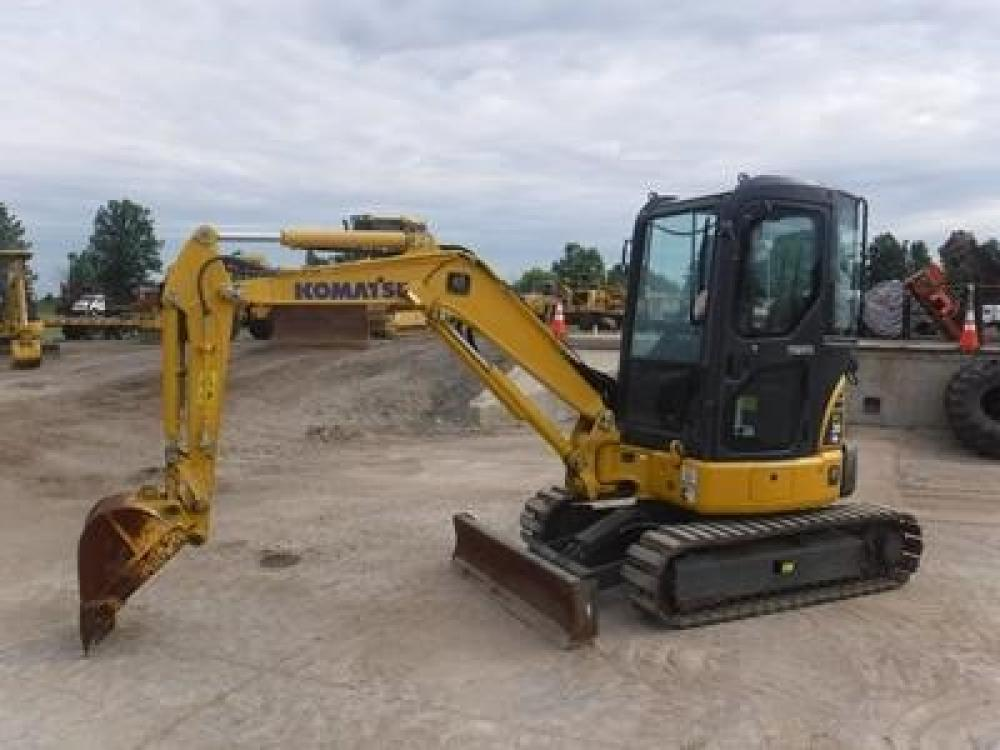 Detail photo of 2012 Komatsu PC30MR from Construction Equipment Guide