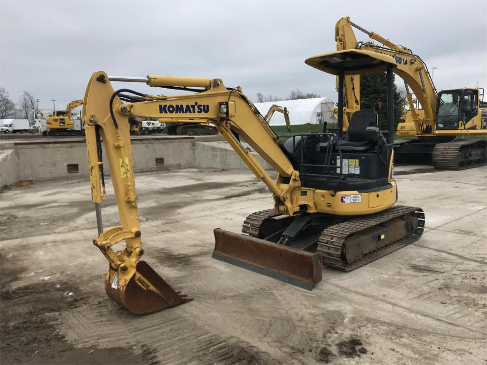 Detail photo of  Komatsu PC30MR-3 from Construction Equipment Guide