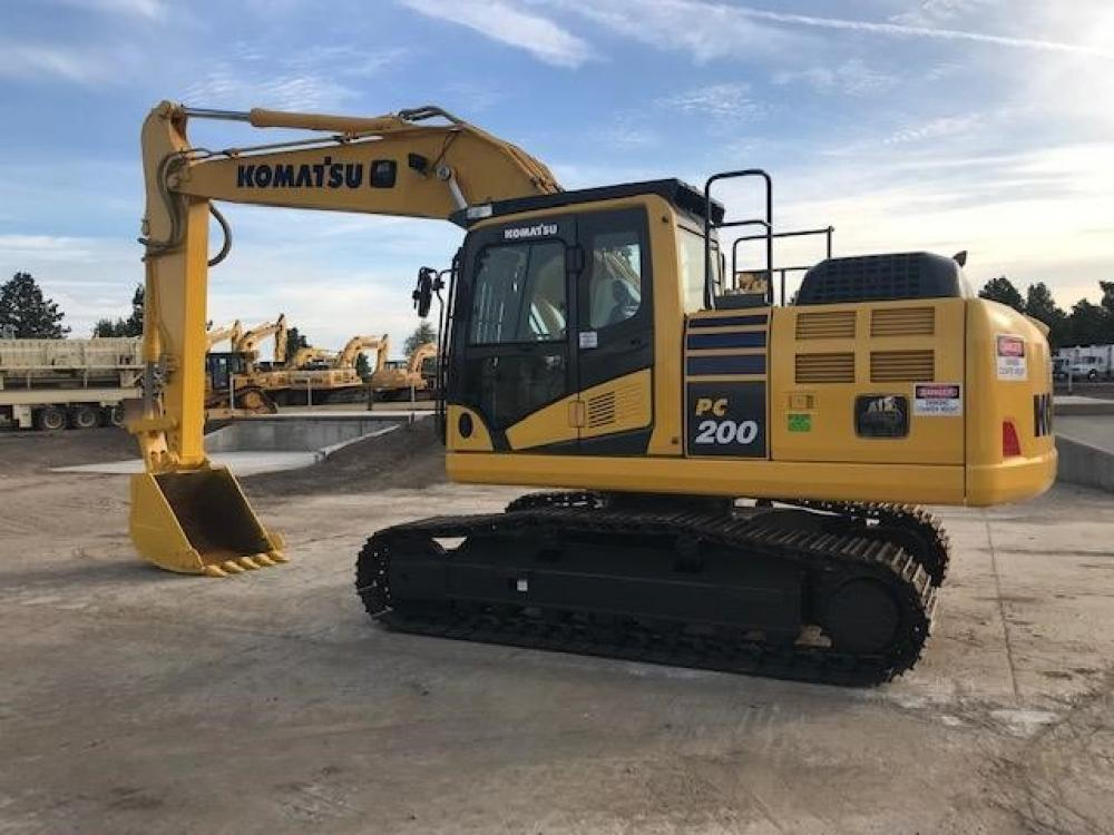 Detail photo of 2014 Komatsu PC200-10 from Construction Equipment Guide