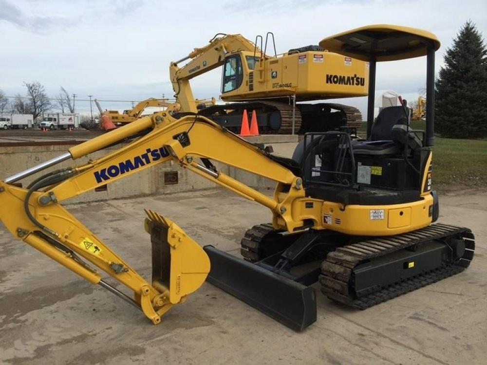 Detail photo of 2011 Komatsu PC30MR-3 from Construction Equipment Guide