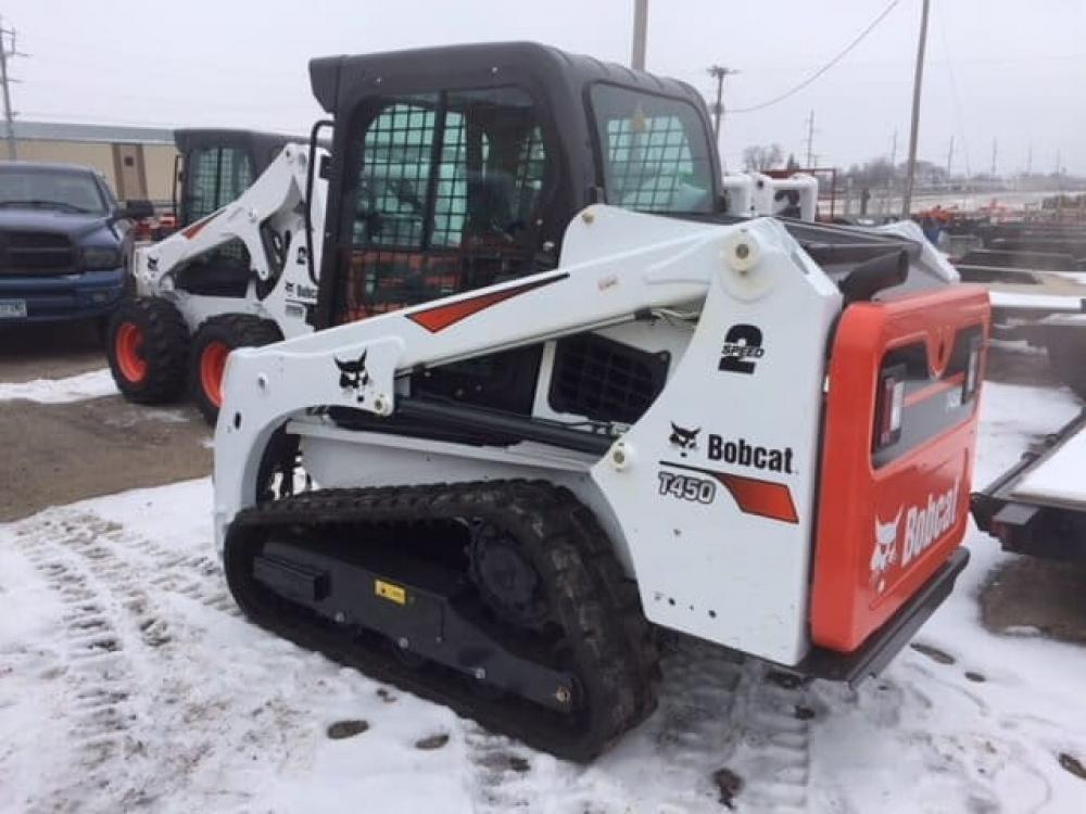 Detail photo of  Bobcat T450 from Construction Equipment Guide