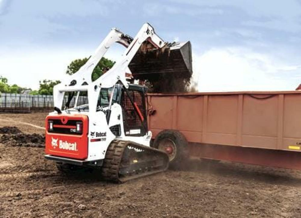 Detail photo of  Bobcat T740 from Construction Equipment Guide