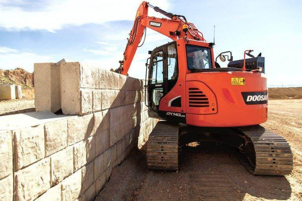 Detail photo of  Doosan DX140LCR-5 from Construction Equipment Guide