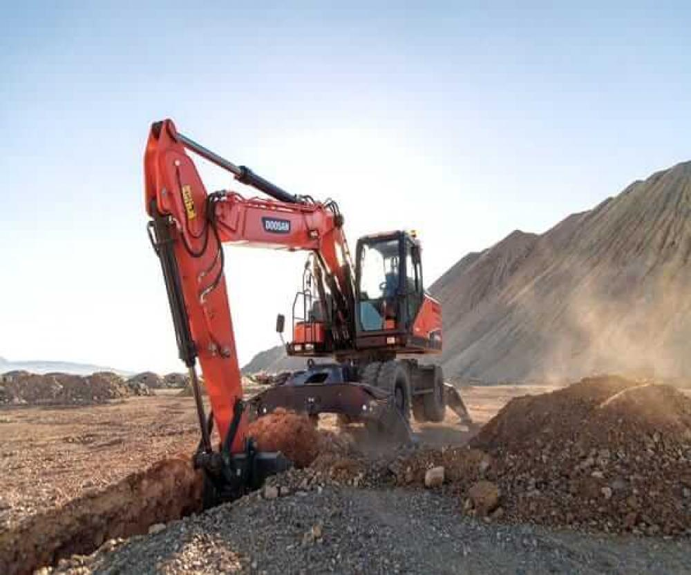 Detail photo of  Doosan DX210W-5 from Construction Equipment Guide