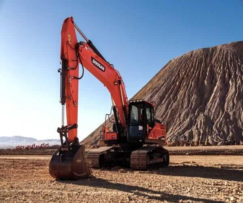 Detail photo of  Doosan DX255LC-5 from Construction Equipment Guide