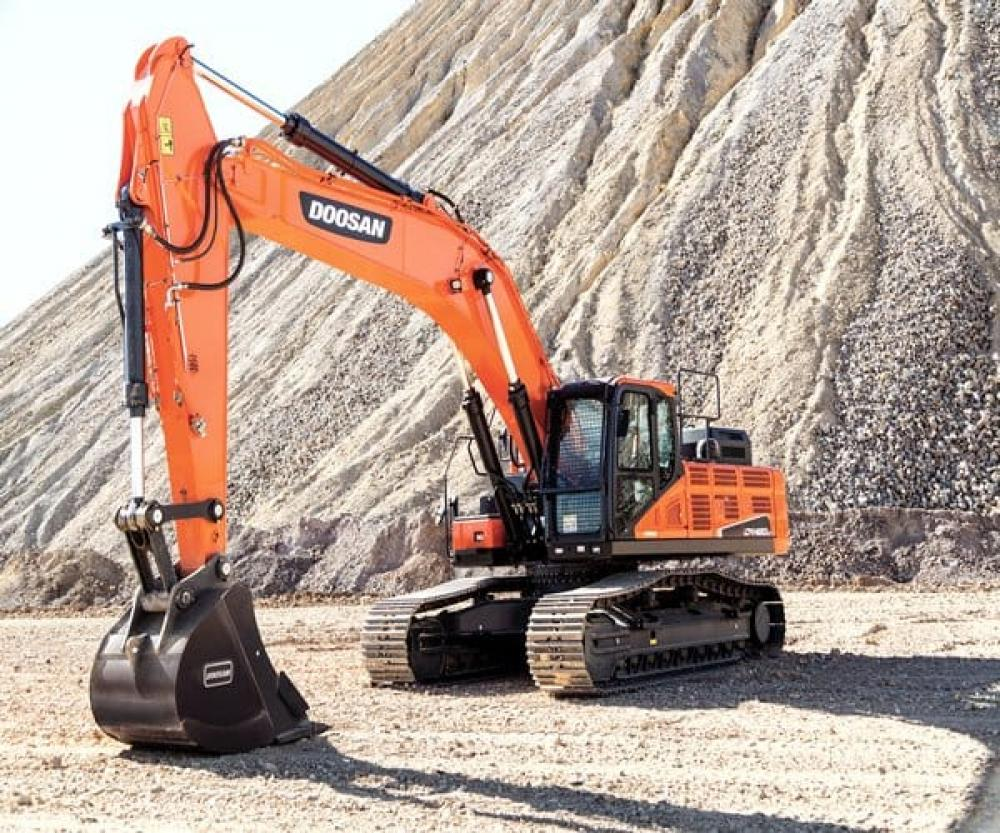 Detail photo of  Doosan DX420LC-5 from Construction Equipment Guide