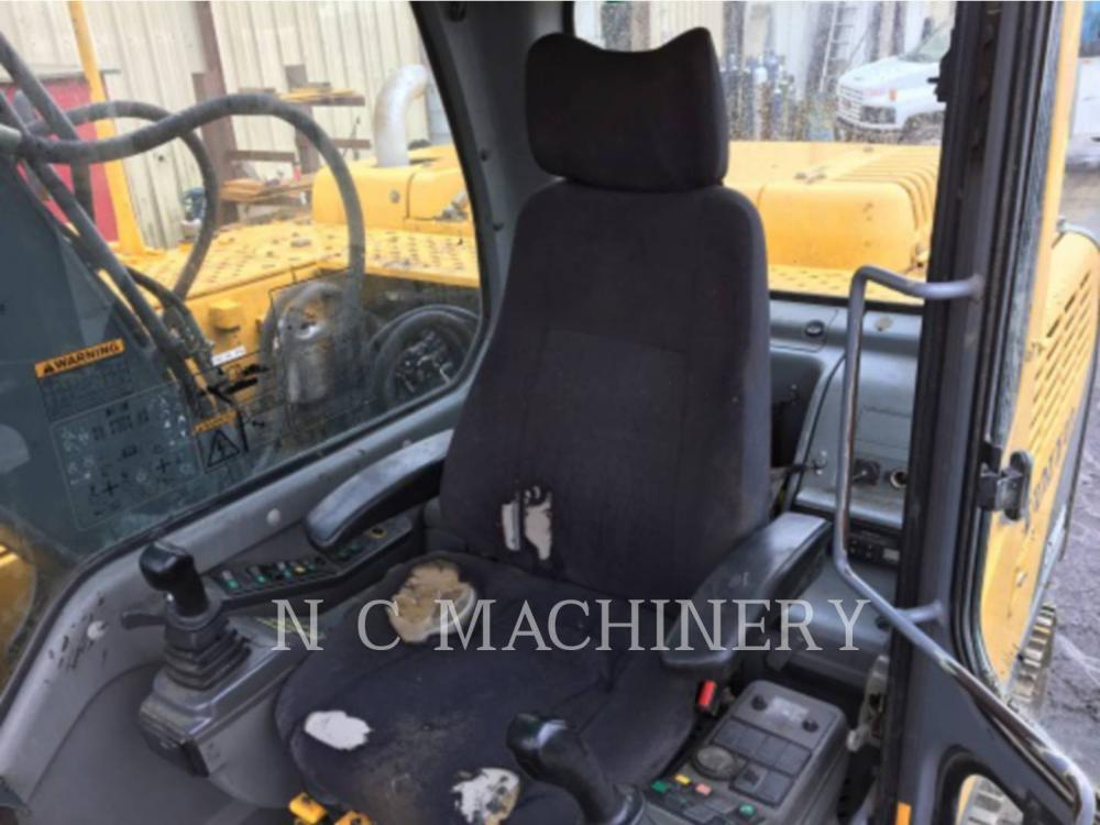 Detail photo of 2006 Volvo EC140BLC from Construction Equipment Guide
