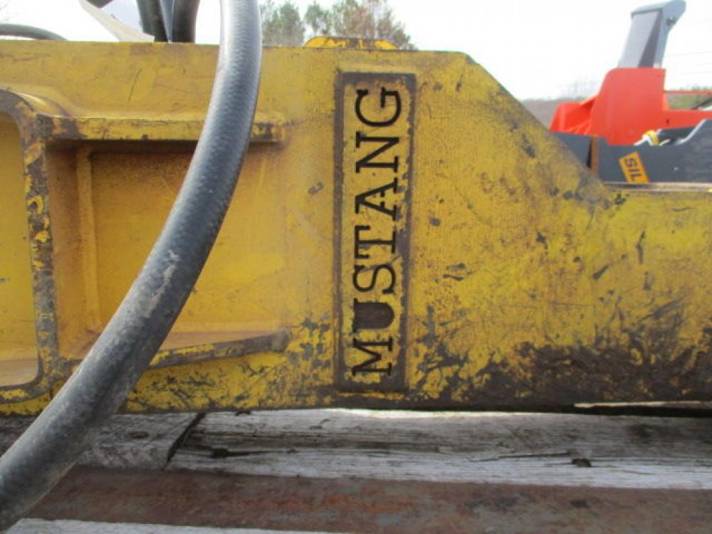 Detail photo of 2013 Mustang MB1200 from Construction Equipment Guide