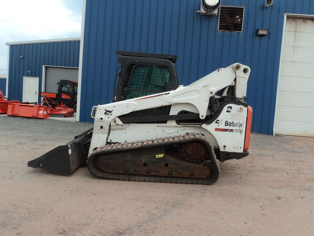 Detail photo of 2014 Bobcat T870 from Construction Equipment Guide