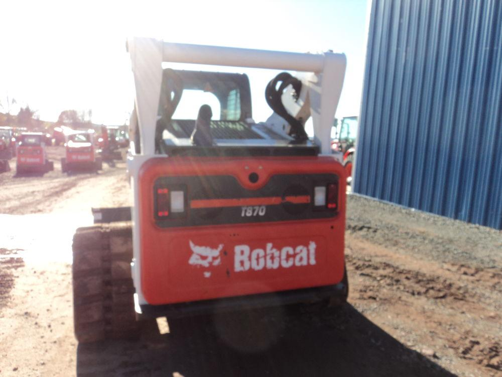 Detail photo of 2015 Bobcat T870 from Construction Equipment Guide