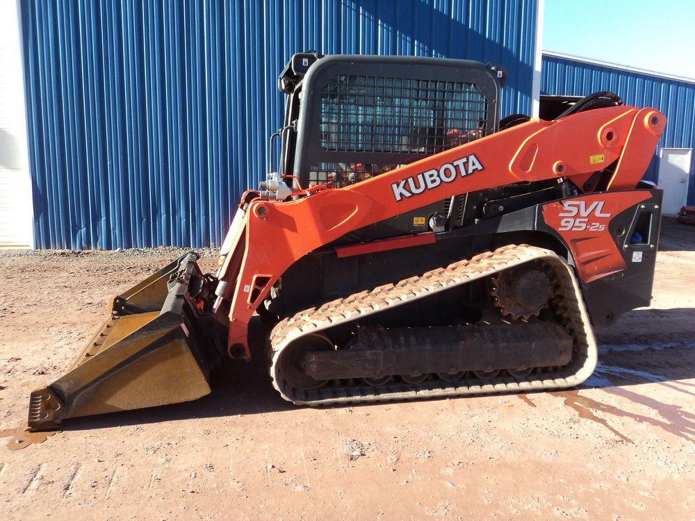 Detail photo of 2017 Kubota SVL95 from Construction Equipment Guide