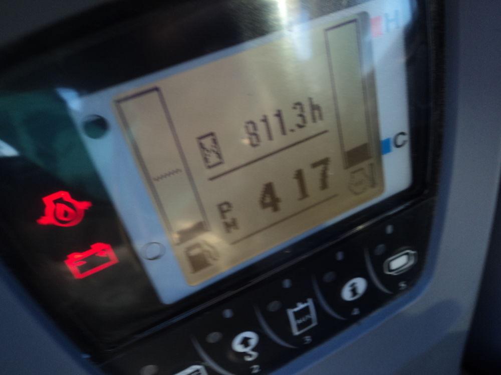 Detail photo of 2015 Kubota KX080 from Construction Equipment Guide