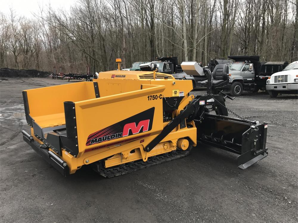 Detail photo of 2017 Mauldin 1750C SUPER PAVER from Construction Equipment Guide