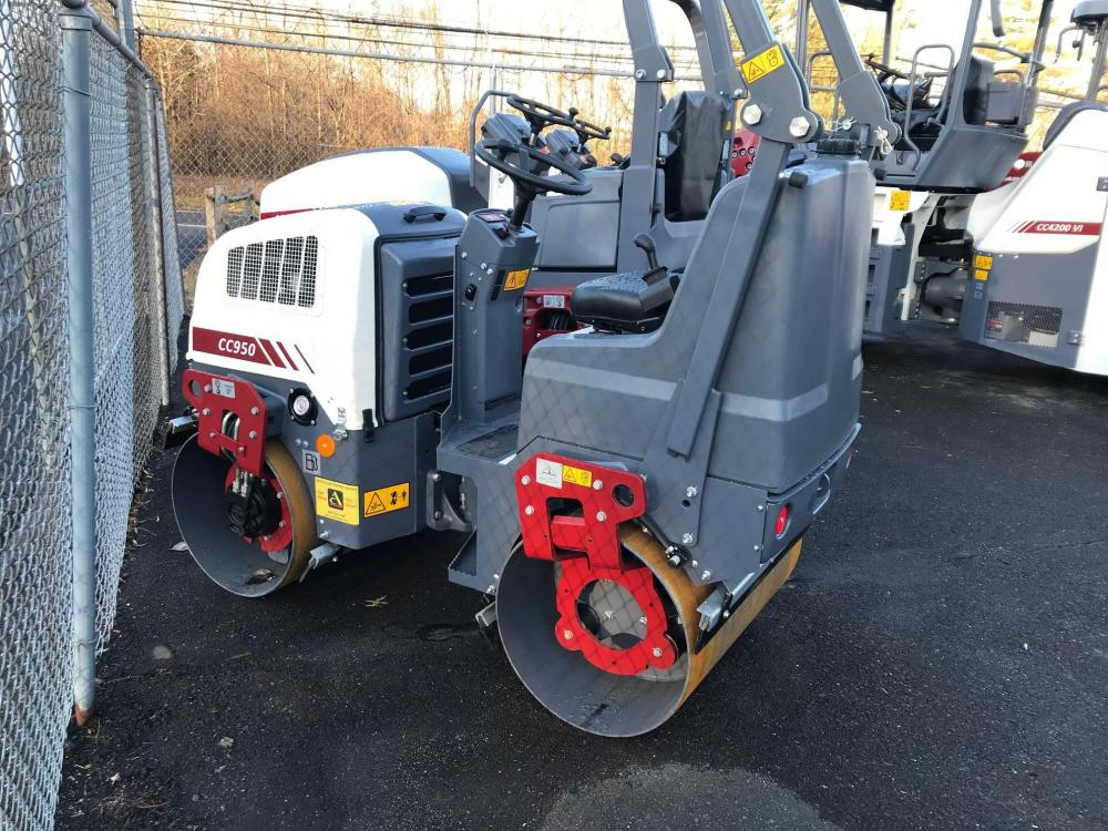 Detail photo of 2019 Dynapac CC950 from Construction Equipment Guide