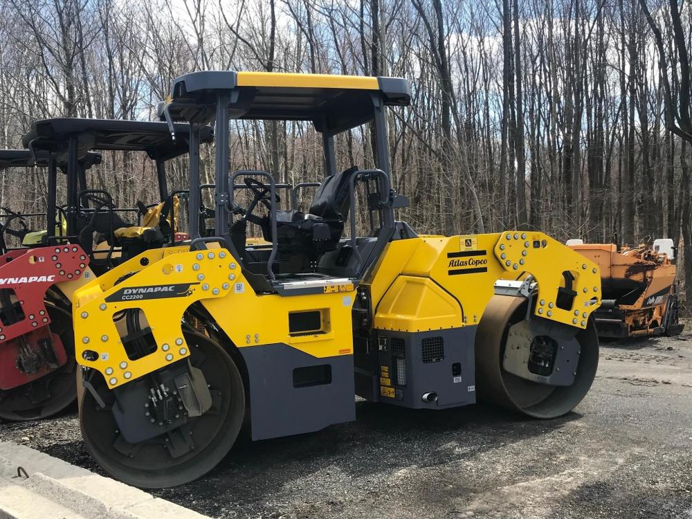 Detail photo of 2017 Dynapac CC2200 from Construction Equipment Guide