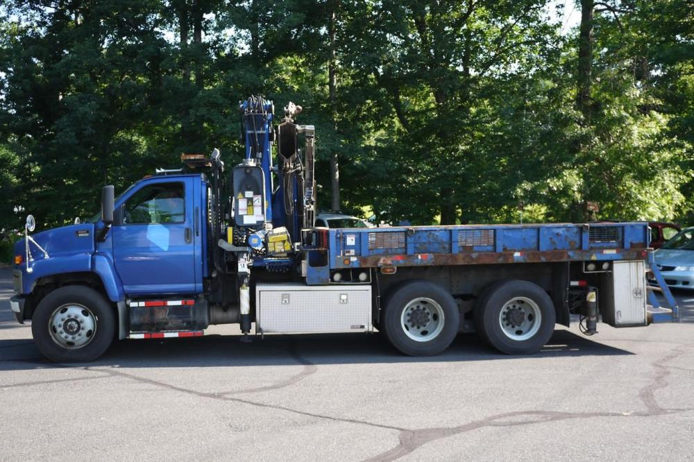Detail photo of 2006 Fassi F330B.24 from Construction Equipment Guide