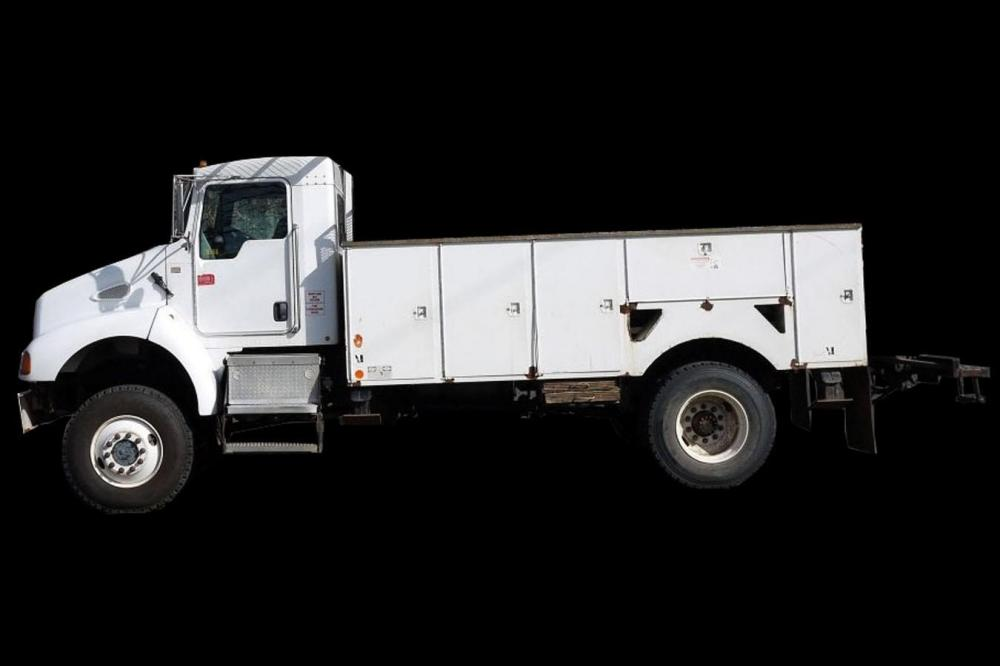 Detail photo of 2006 Kenworth T300 from Construction Equipment Guide
