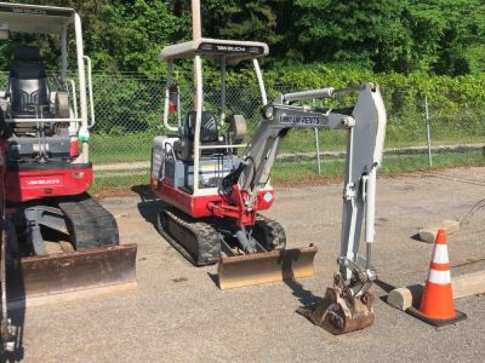 Detail photo of 2013 Takeuchi TB016 from Construction Equipment Guide