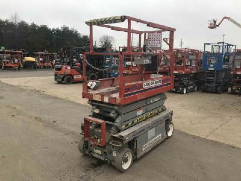 Detail photo of 2012 Skyjack SJIII 3219 from Construction Equipment Guide