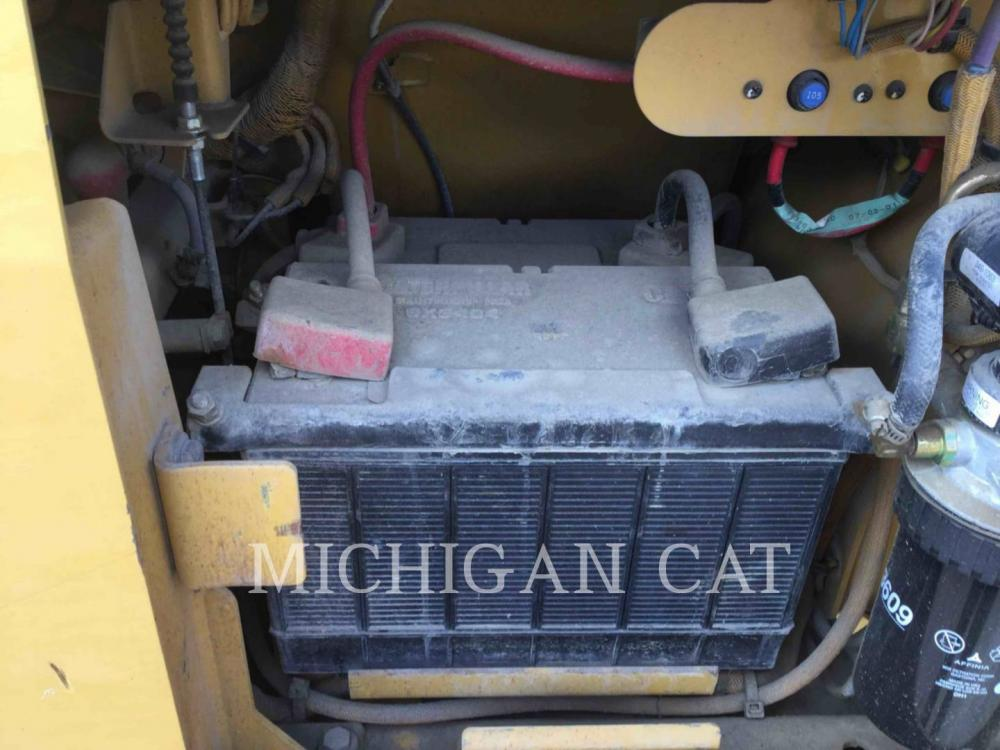 Detail photo of 2007 Caterpillar D3G from Construction Equipment Guide