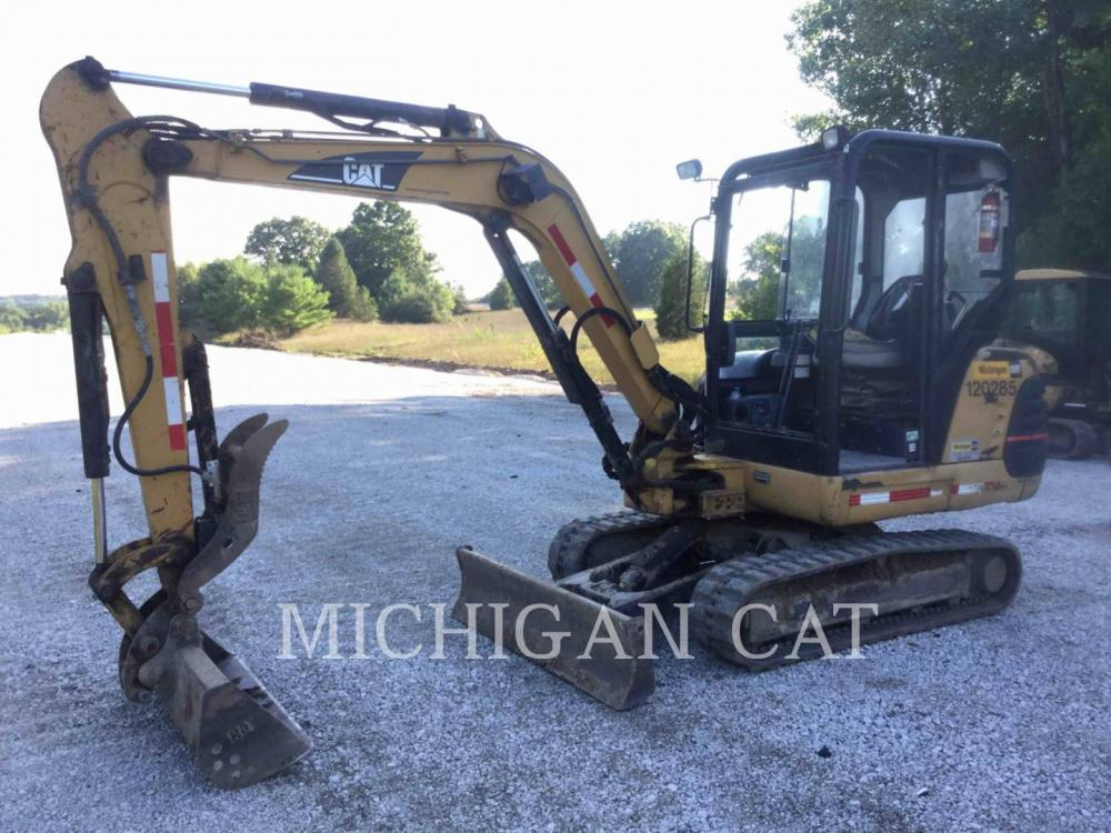 Detail photo of 2001 Caterpillar 303.5 from Construction Equipment Guide