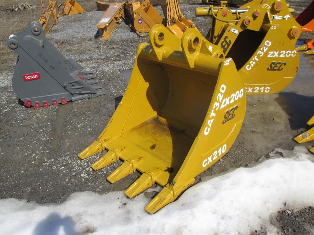 Detail photo of  SEC 42IN. TOOTH BUCKET from Construction Equipment Guide