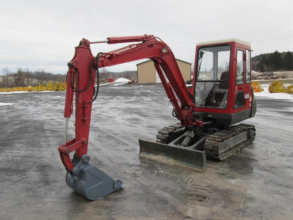 Detail photo of  Mitsubishi MM35B from Construction Equipment Guide