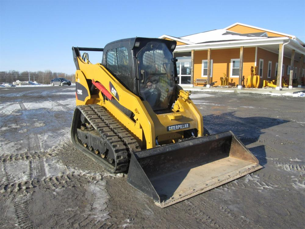 Detail photo of  Caterpillar 299C from Construction Equipment Guide