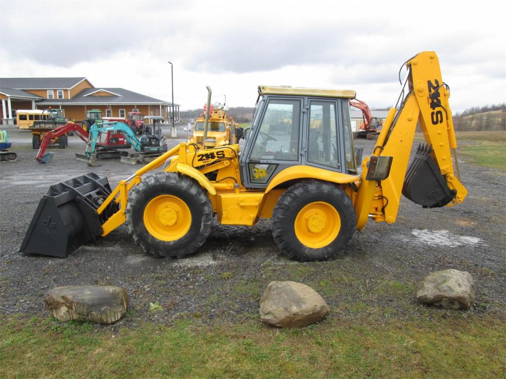 Detail photo of  JCB 214S II from Construction Equipment Guide