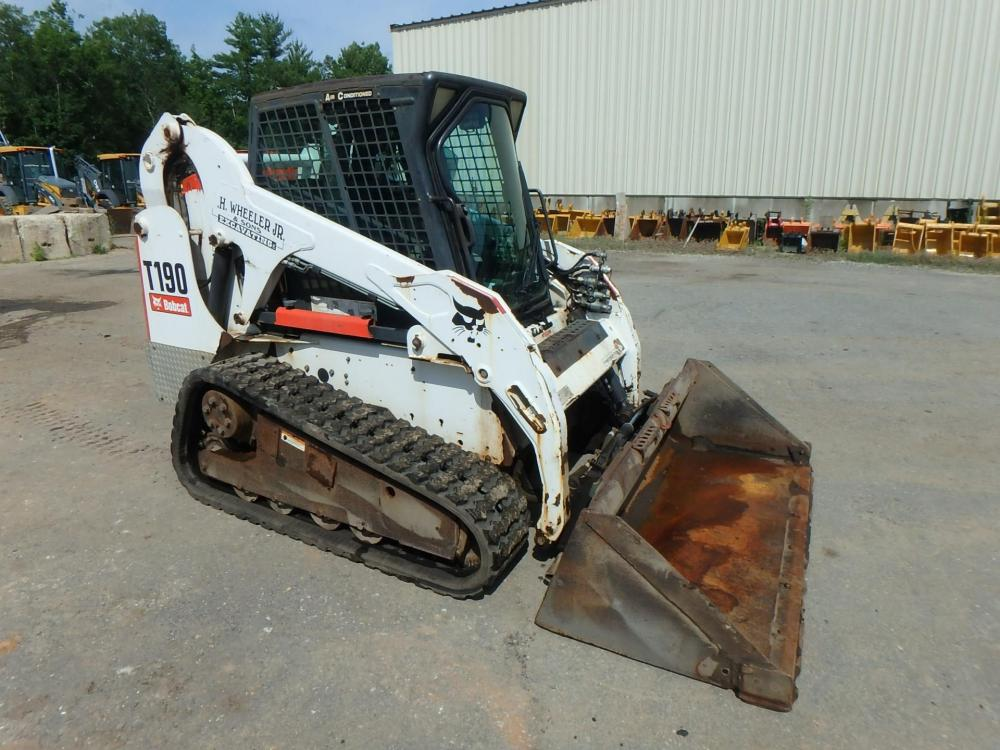Detail photo of 2007 Bobcat T190 from Construction Equipment Guide