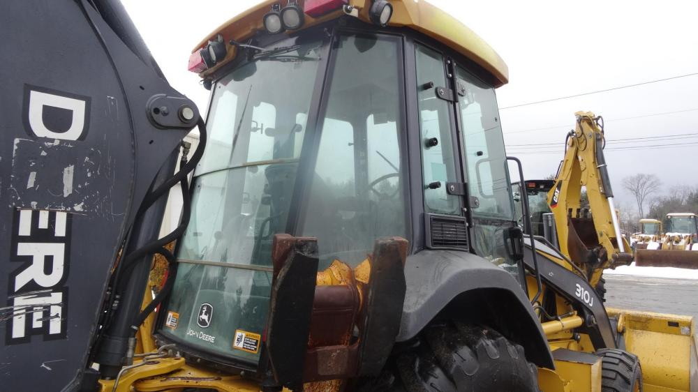 Detail photo of 2010 John Deere 310J from Construction Equipment Guide