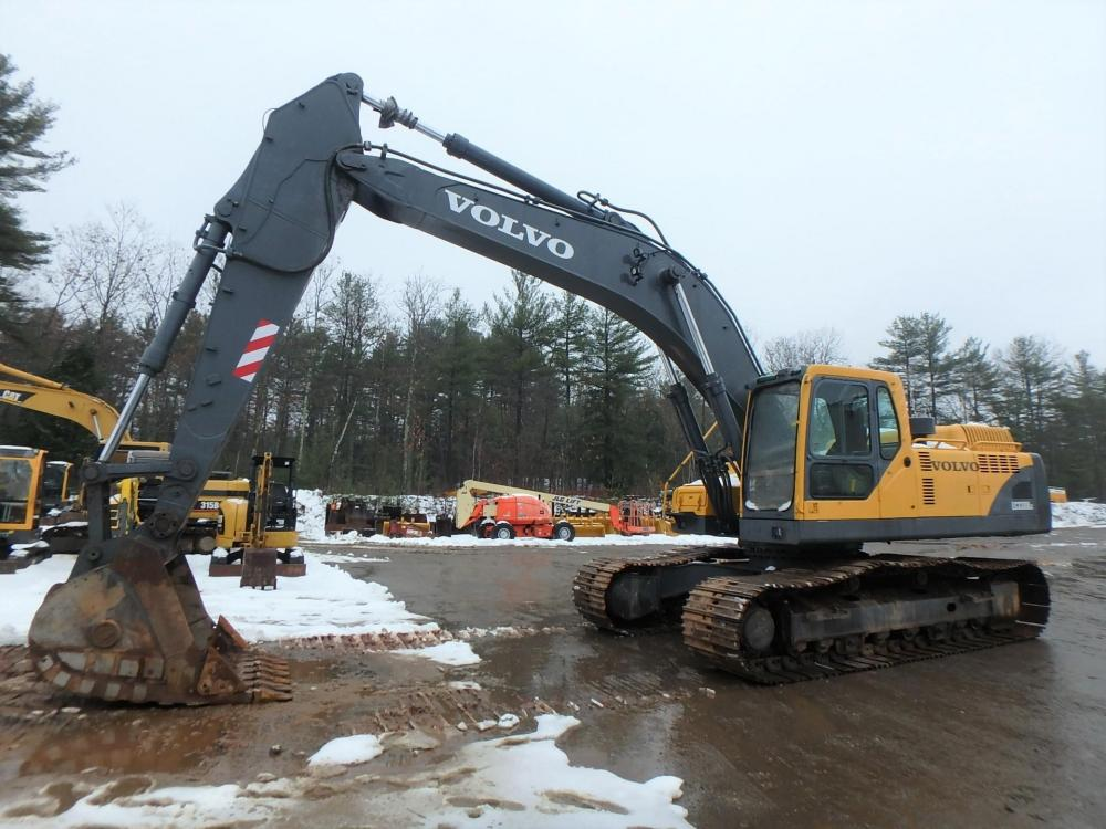Detail photo of 2002 Volvo EC330BLC from Construction Equipment Guide