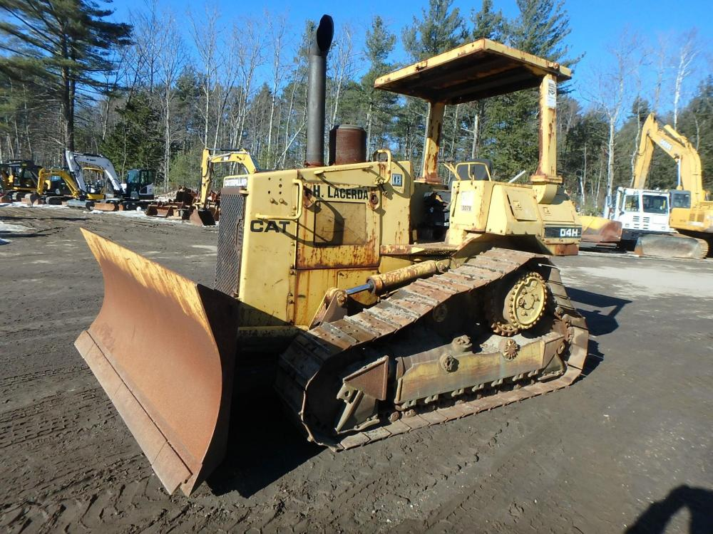 Detail photo of 1988 Caterpillar D4H from Construction Equipment Guide