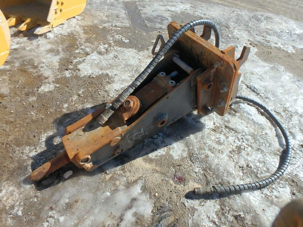 Detail photo of  Bobcat 2570 from Construction Equipment Guide